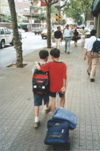 000600 Two Boys - Barcelona