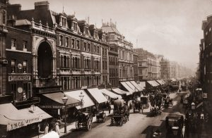 London, 1890 London Stereoscopic Company/Getty Images